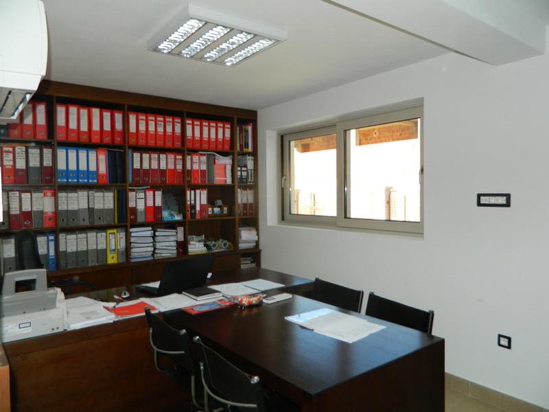 Белый слон агентство недвижимости черногории